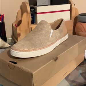 2 Pairs of UGG sneakers both Size 9